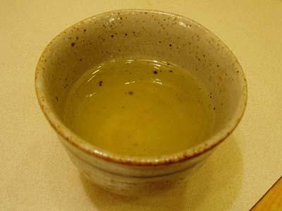 緑色のそば茶